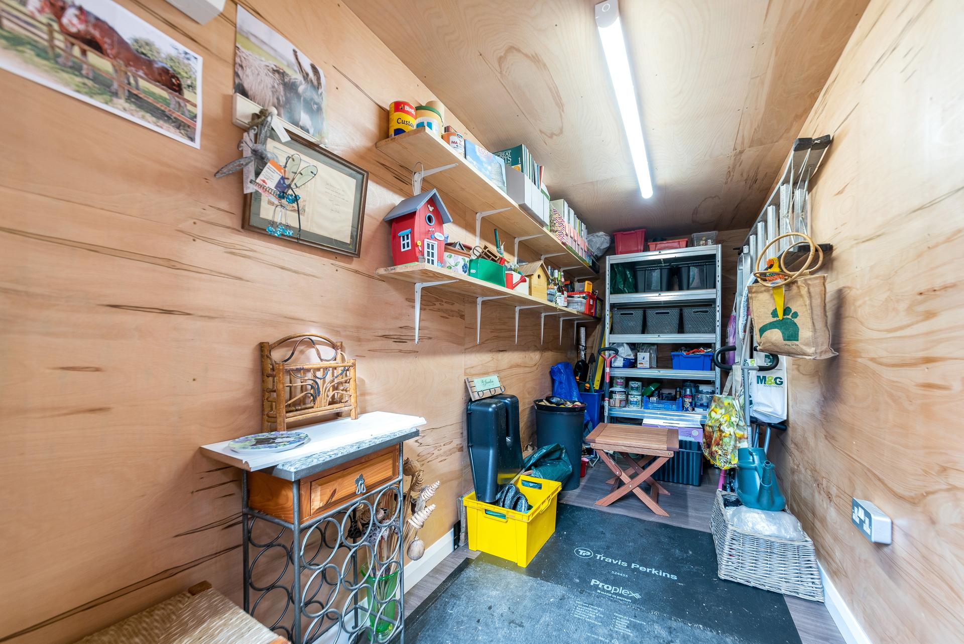 Storage garden rooms in Essex