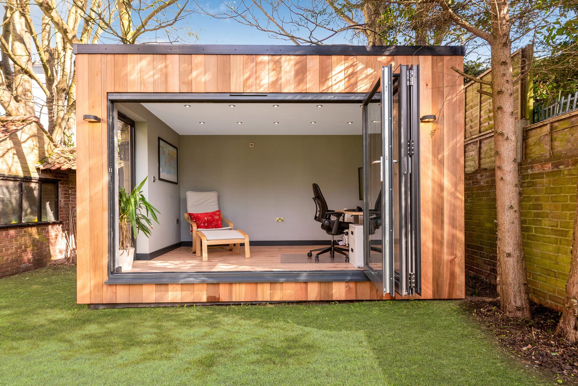 Bespoke garden room in London