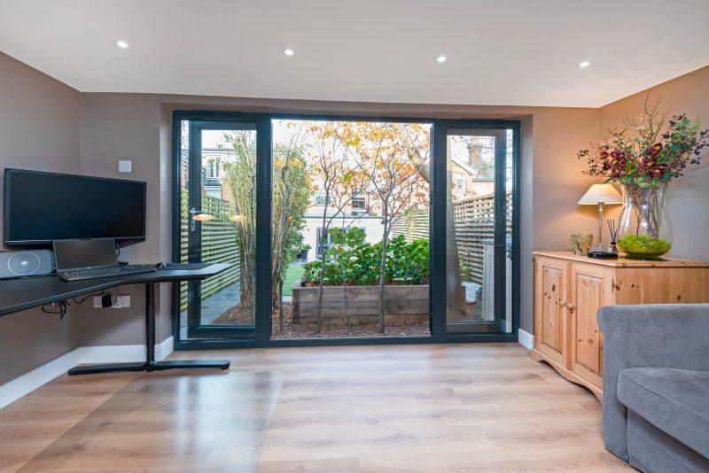 Contemporary garden office