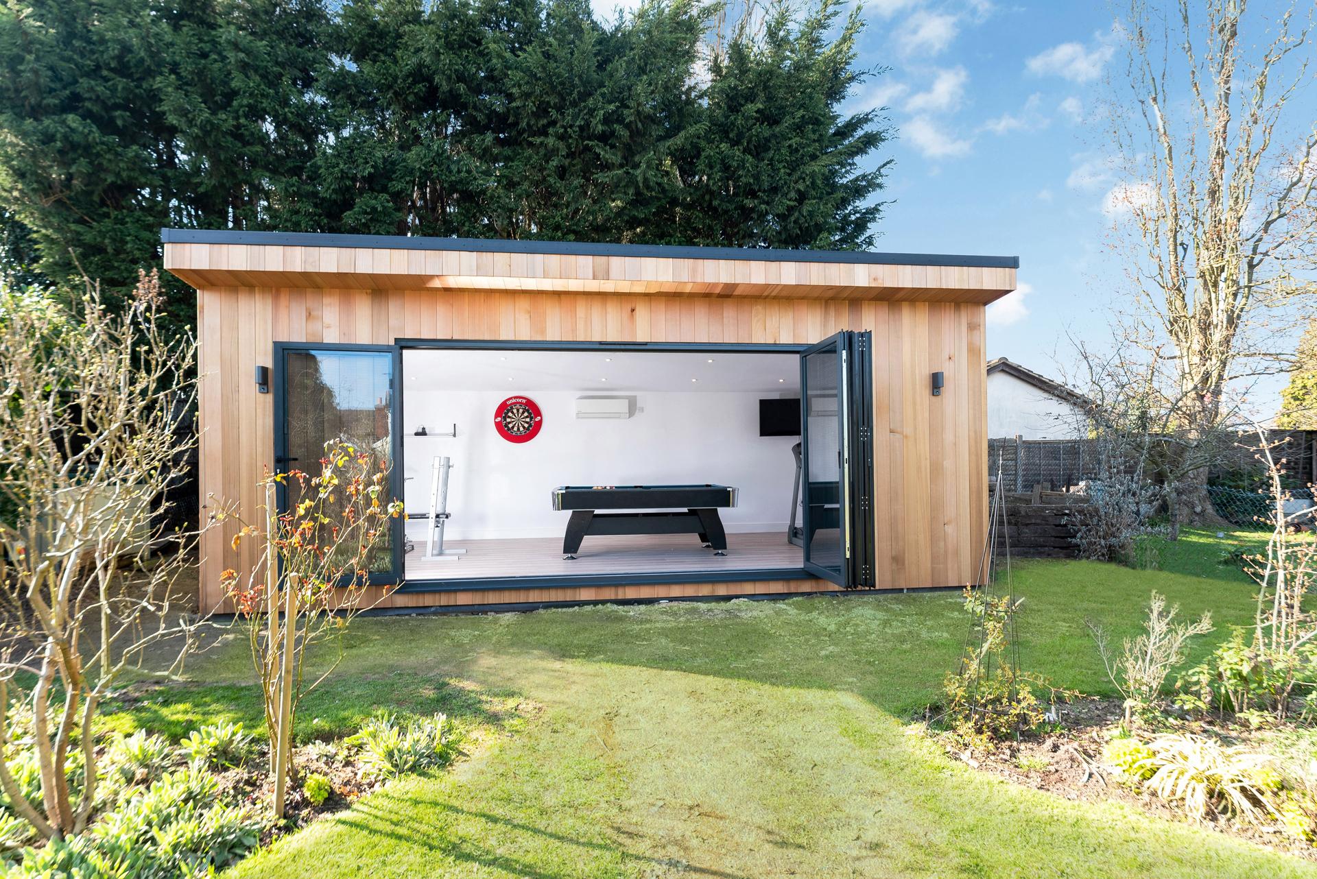 Garden room in Essex with games room
