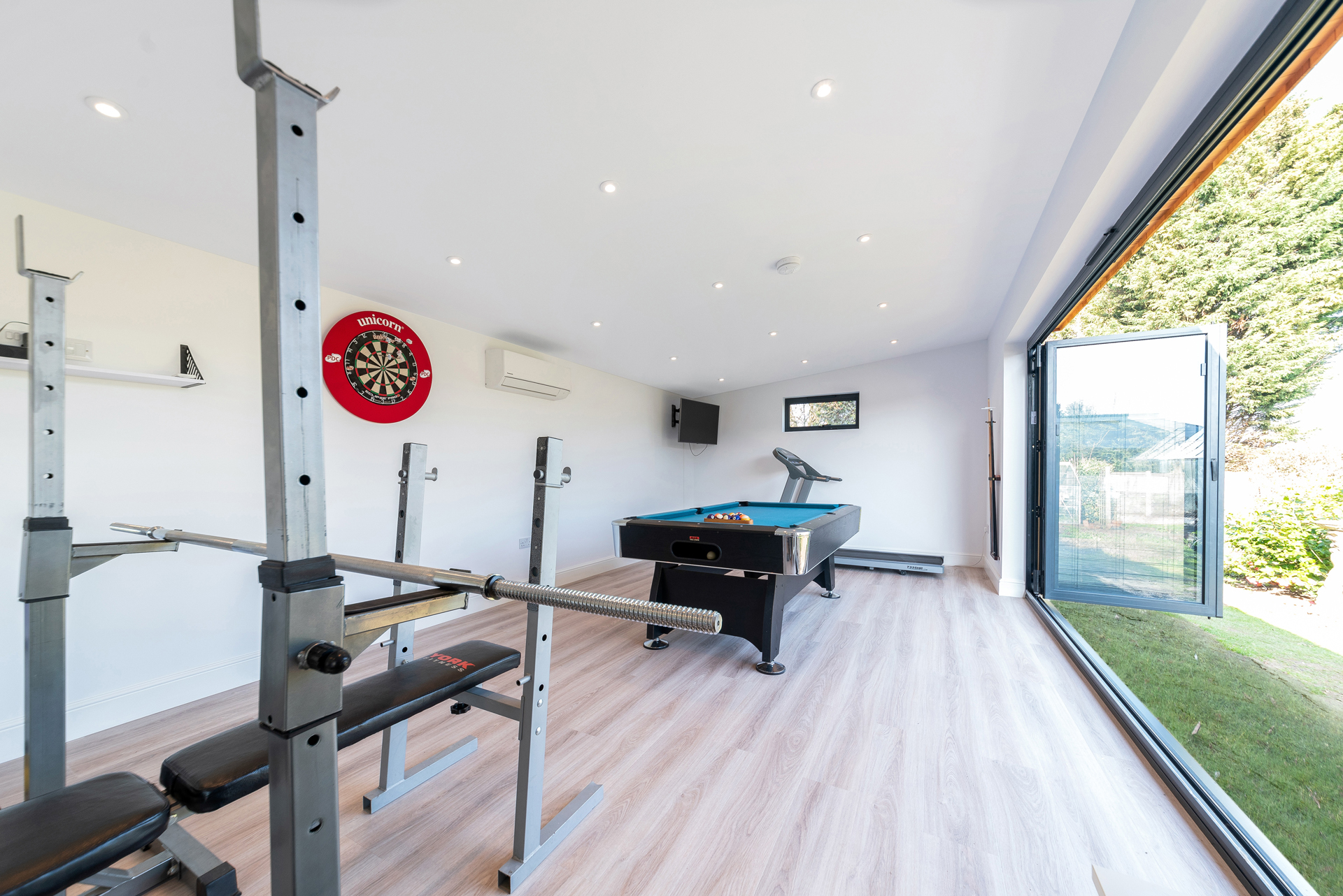 Garden room for games and fitness studio