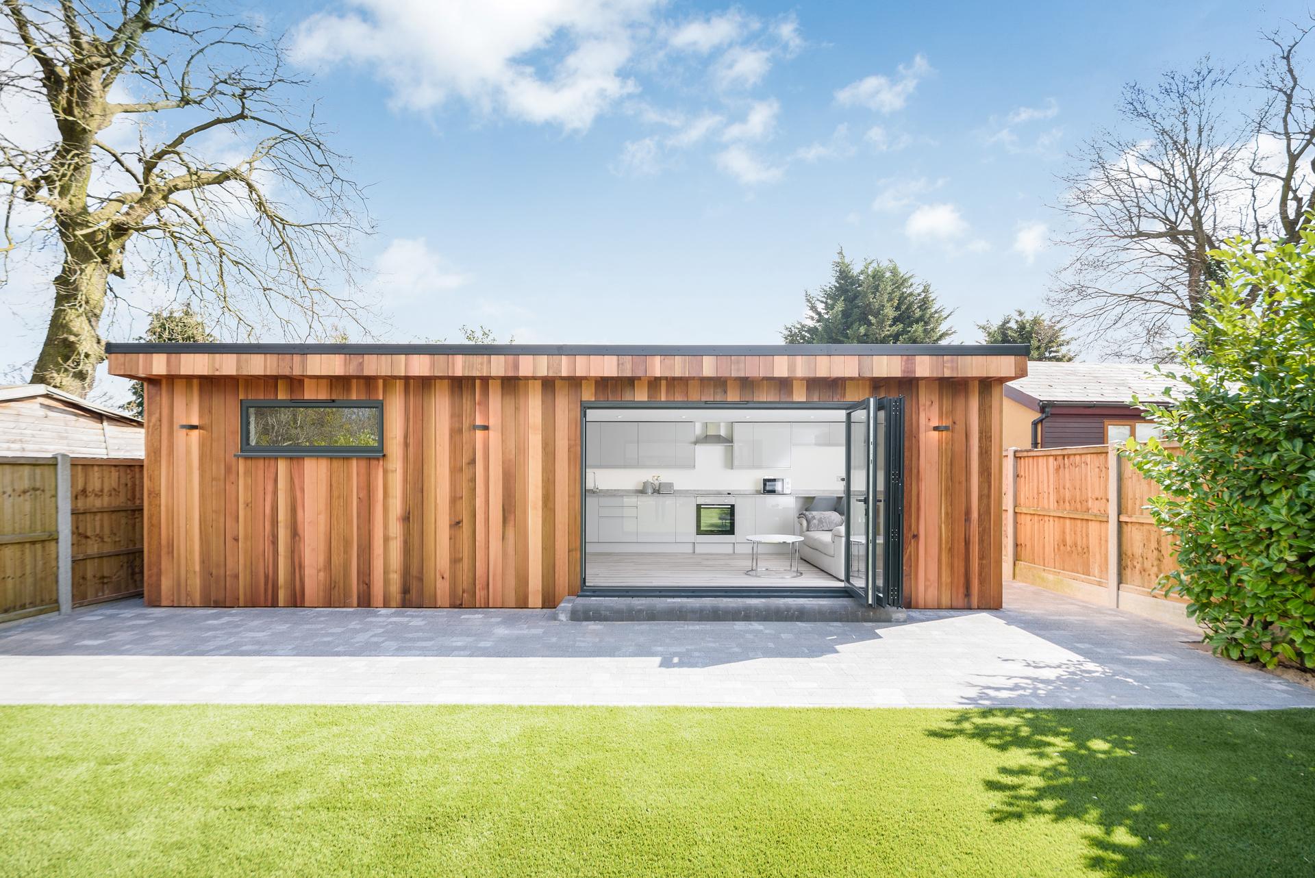 Garden room in Essex with kitchen