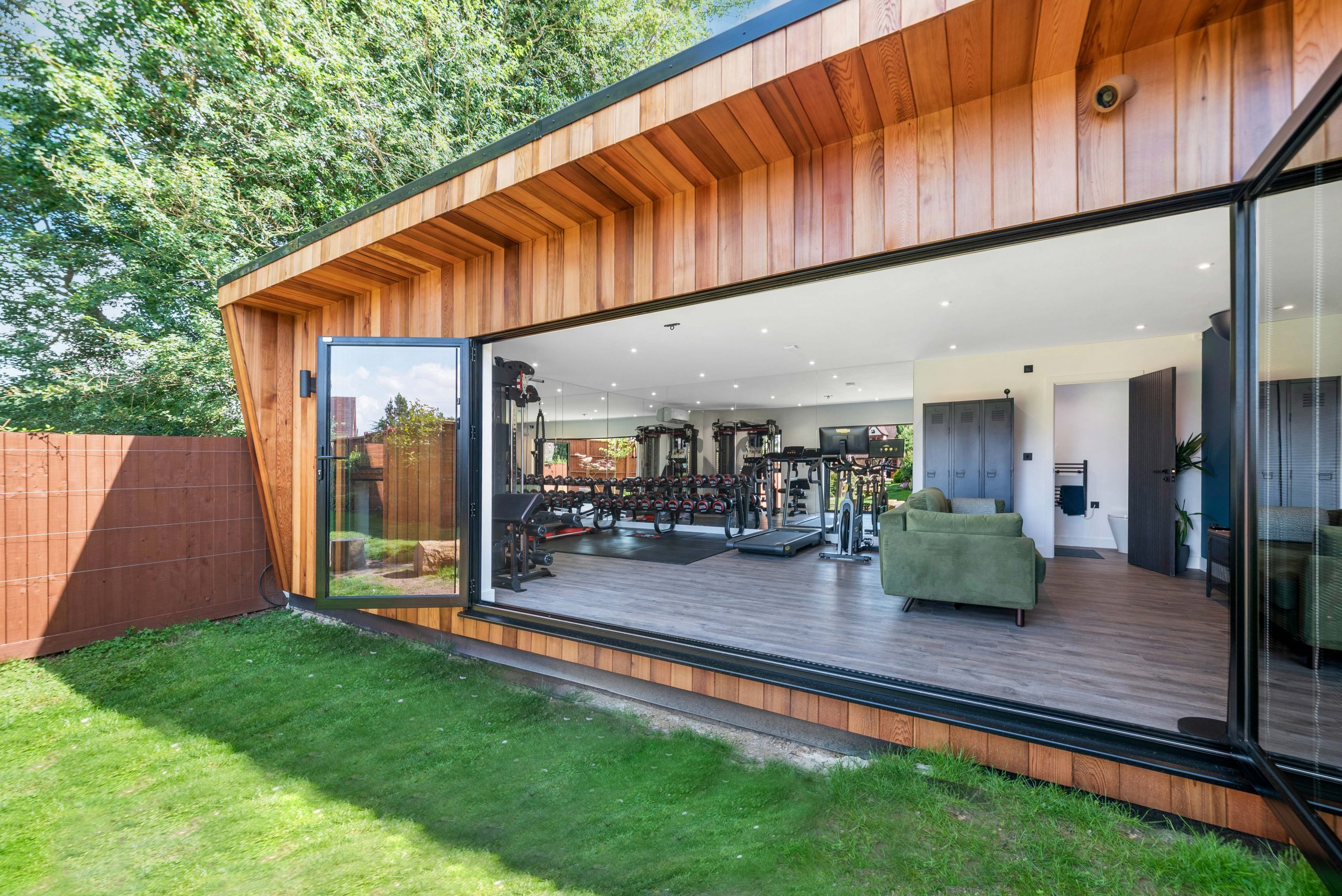 Luxury large garden room and gym